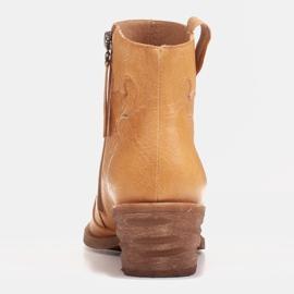 Marco Shoes Żółte botki z nieregularnie marszczonej skóry naturalnej 4