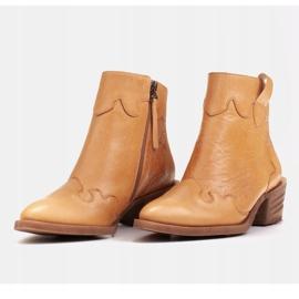 Marco Shoes Żółte botki z nieregularnie marszczonej skóry naturalnej 5