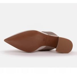 Marco Shoes Eleganckie klapki damskie na lato beżowy białe 9