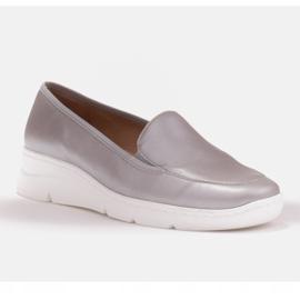 Radoskór Wygodne srebrne półbuty damskie na szerszą stopę srebrny 2