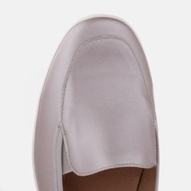 Radoskór Wygodne srebrne półbuty damskie na szerszą stopę srebrny 8