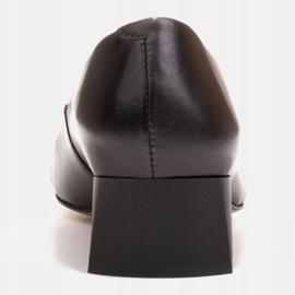 Marco Shoes Czarne czółenka na niskim obcasie, ozdoba z jetami 5