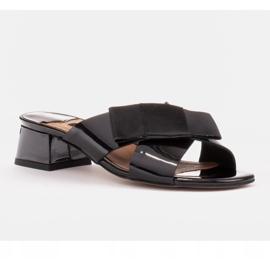 Marco Shoes Eleganckie klapki damskie ze wstążką czarne 1