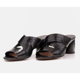 Marco Shoes Skórzane klapki damskie ze skóry w pocięte pasy czarne 6