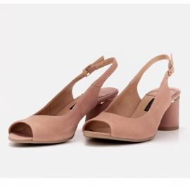 Marco Shoes Eleganckie sandały damskie z metalicznym akcentem różowe 5