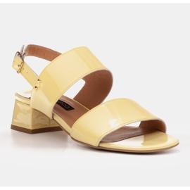 Marco Shoes Sandały Cinta z obcasem powlekanym skórą żółte 2
