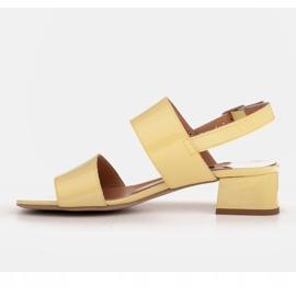 Marco Shoes Sandały Cinta z obcasem powlekanym skórą żółte 4