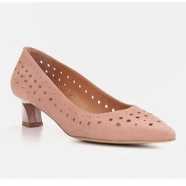 Marco Shoes Czółenka damskie z ciekawą perforacją różowe 2