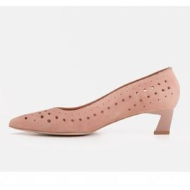 Marco Shoes Czółenka damskie z ciekawą perforacją różowe 5