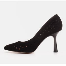 Marco Shoes Szpilki z naturalnego zamszu z ozdobną perforacją czarne 3