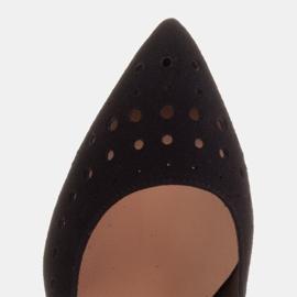 Marco Shoes Szpilki z naturalnego zamszu z ozdobną perforacją czarne 8