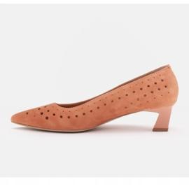 Marco Shoes Czółenka damskie z ciekawą perforacją pomarańczowe 1
