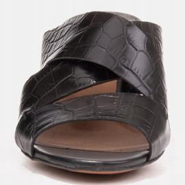 Marco Shoes Skórzane klapki damskie ze skóry w pocięte pasy czarne 3