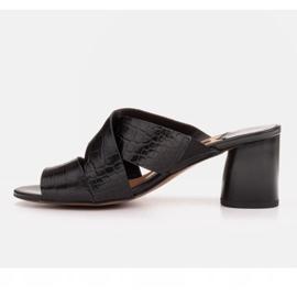 Marco Shoes Skórzane klapki damskie ze skóry w pocięte pasy czarne 4