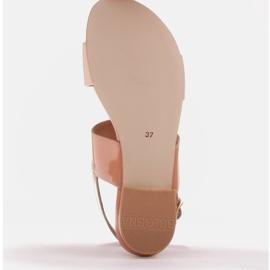 Marco Shoes Płaskie sandały z lakieru i metalicznym obcasem beżowy 7