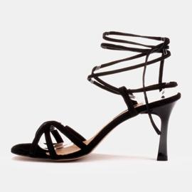 Marco Shoes Eleganckie sandały na szpilce z wiązanym rzemykiem czarne 3