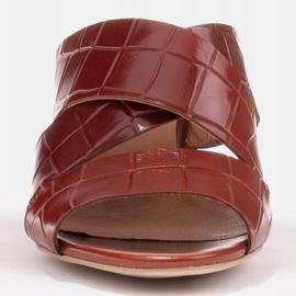 Marco Shoes Skórzane klapki damskie ze skóry w pocięte pasy czerwone 2