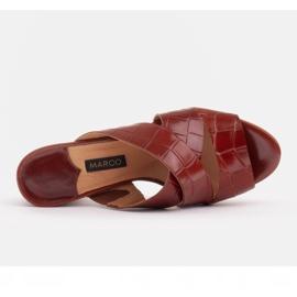 Marco Shoes Skórzane klapki damskie ze skóry w pocięte pasy czerwone 6