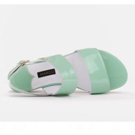 Marco Shoes Płaskie sandały z lakieru i metalicznym obcasem zielone 6