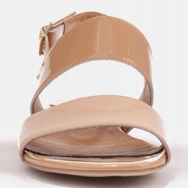 Marco Shoes Płaskie sandały z lakieru i metalicznym obcasem beżowy 2