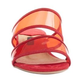 Marco Shoes Klapki damskie z półprzeźroczystymi paskami czerwone 2