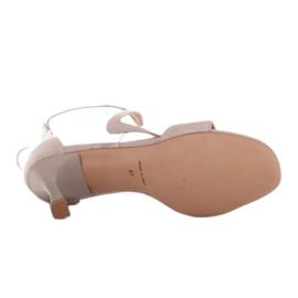 Marco Shoes Eleganckie sandały Ava beżowy 5