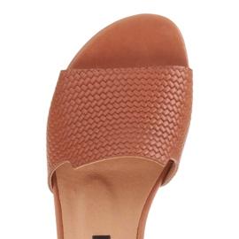 Marco Shoes Eleganckie klapki damskie z brązowej skóry 4