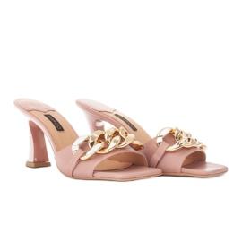 Marco Shoes Klapki damskie ze skóry z łańcuchem ozdobnym różowe 4