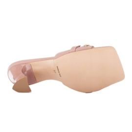Marco Shoes Klapki damskie ze skóry z łańcuchem ozdobnym różowe 6
