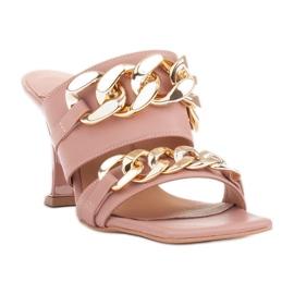 Marco Shoes Klapki damskie ze skóry z łańcuchem ozdobnym różowe 3