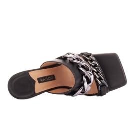 Marco Shoes Klapki damskie ze skóry z łańcuchem ozdobnym czarne 7
