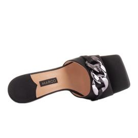 Marco Shoes Klapki damskie z czarnej satyny z łańcuchem ozdobnym 5