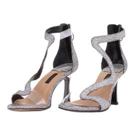Marco Shoes Eleganckie sandały Ava białe czarne 2