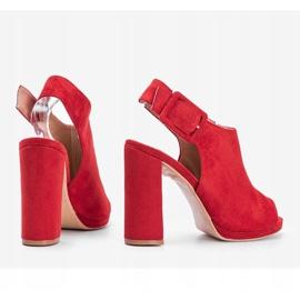 Czerwone sandały z cholewką Little Italy 2