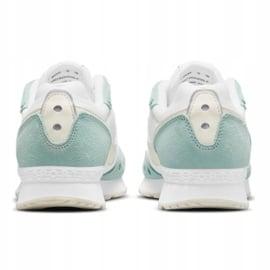 Buty Nike Venture Runner W CK2948-300 białe zielone 3