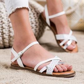 Laura Mode Casualowe Sandałki białe 2