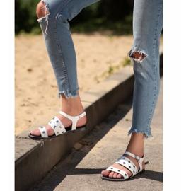 Goodin Białe Sandały Z Dżetami 5
