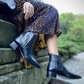 Marco Shoes Ocieplane eleganckie botki z elastyczną gumą w cholewce czarne 2