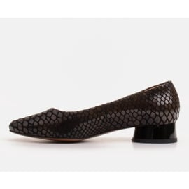 Marco Shoes Baleriny ze skóry wężowej z okrągłym obcasem czarne 2