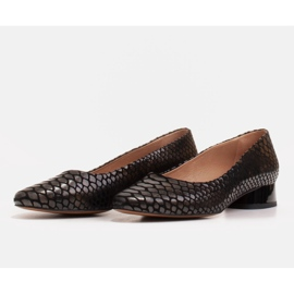 Marco Shoes Baleriny ze skóry wężowej z okrągłym obcasem czarne 3