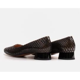 Marco Shoes Baleriny ze skóry wężowej z okrągłym obcasem czarne 4
