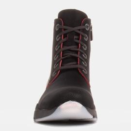 Marco Shoes Sportowe botki damskie z nubuku z czerwonymi wstawkami czarne 1