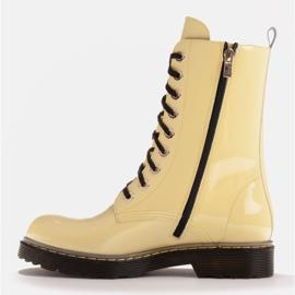 Marco Shoes Wysokie trzewiki, glany wiązane na półprzeźroczystej podeszwie żółte 3