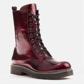 Marco Shoes Wysokie trzewiki, glany wiązane na półprzeźroczystej podeszwie czerwone 1