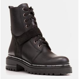 Marco Shoes Botki damskie z ciekawym, grubym spodem czarne 1