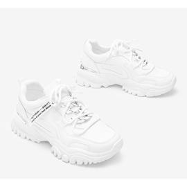 Białe sneakersy na grubej podeszwie Zooey 2