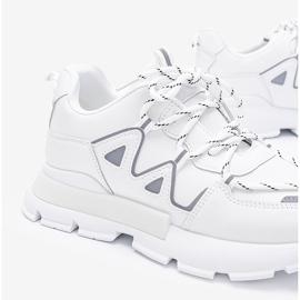 Białe sneakersy z odblaskowymi wstawkami Filua 2