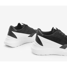 Czarne sneakersy z białymi dodatkami na wysokiej podeszwie Barteks białe 3