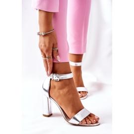 Klasyczne Skórzane Sandały Na Słupku Laura Messi 1760 Srebrne srebrny 2