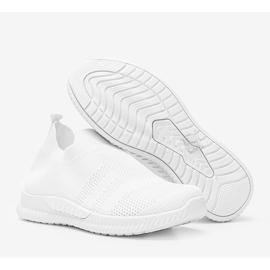 Białe sportowe obuwie slip-on Infinity 1